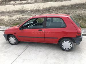 Renault Clio Clio 1.4 Rt 3p. -92
