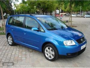 VOLKSWAGEN TOURAN 1.6 FSI ADVANCE DE