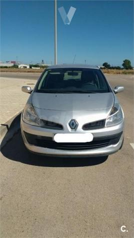 Renault Clio Authentique v 5p. -07