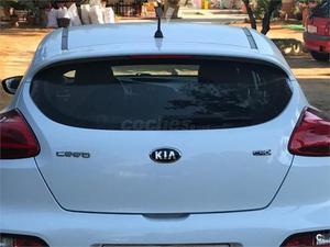 Kia Pro_cee'd 1.6 Crdi Vgt 110cv Drive 3p. -13