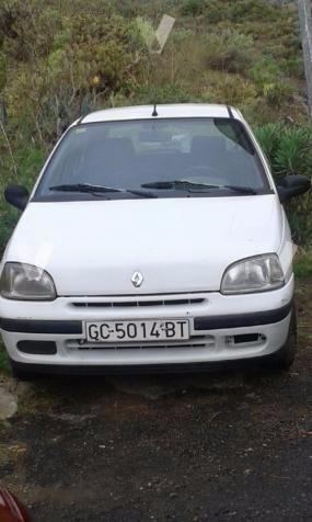 Parachoques primer modelo Renault clio