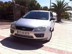 Ford Focus 1.6 Tdci 90 Trend Wagon 5p. -05