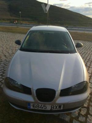 SEAT Ibiza 1.9TDi 90cv SPORT -02