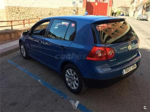 Volkswagen Golf 1.6 Fsi Highline 5p. -03