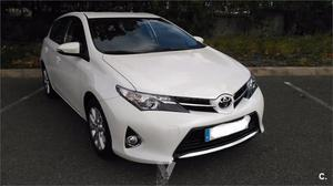 Toyota Auris 130 Live Particulares 5p. -14