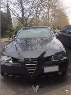 Alfa Romeo  Jtd 20v Distinctive 4p. -04