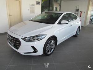 Hyundai Elantra 1.6 Crdi Tecno 4p. -17