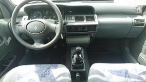 RENAULT Clio CLIO 1.2 RN -92