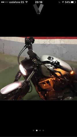 HARLEY DAVIDSON Sportster 883 Iron Dark Custom ()