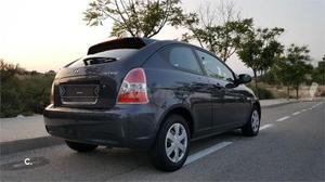 Hyundai Accent 1.4 Gls 3p. -08