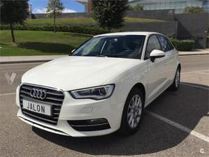 Audi A3 Sportback 1.6 Tdi 105 S Tron Attraction 5p. -14