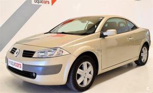 Renault Megane Coupecabr. Confort Dynamique 1.9dci 2p. -05