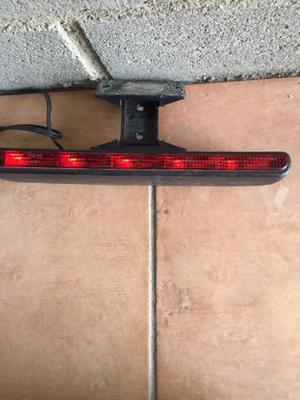 Luz adicional de frenos para coche