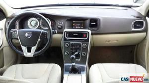 Volvo v60 d3 momentum familiar '11 de segunda mano
