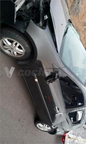 Renault Clio Community 1.2 Eu3 3p. -06