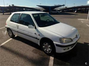 Peugeot 106 Long Beach 1.1 3p. -98