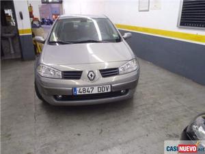 Renault megane mégane sedán  cv '04 de segunda mano