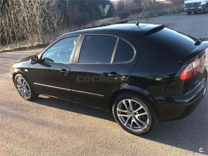 Seat León 1.8i 20v Sport 5p. -02
