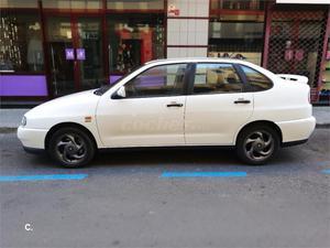SEAT Córdoba 1.9 TDI SXE 110CV 4p.