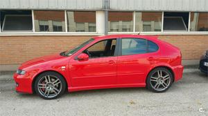 SEAT Leon 1.8 T Cupra R 5p.
