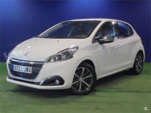 Peugeot p Allure 1.2l Puretech 81kw 110cv Ss 5p. -17