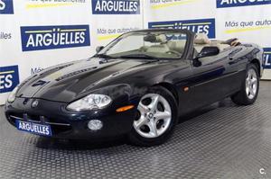 Jaguar Serie Xk Xk8 Convertible 2p. -00