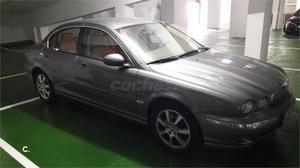 Jaguar X-type 2.0d Classic 4p. -04