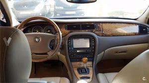 Jaguar S-type 2.7d V6 Executive 4p. -04