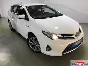 Toyota auris hybrid active '13 de segunda mano