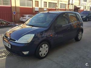 FORD Fiesta 1.4 Ghia 5p.