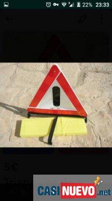 Par de triangulos de seguridad vial