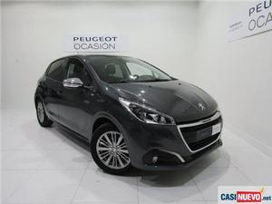 Peugeot l puretech 60kw style s 82 5p '17
