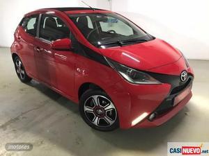 Toyota aygo 1.0 vvt-i x-wave de  con  km por
