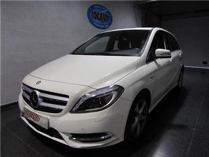 Mercedes-Benz B 180 Cdi Be 01r )