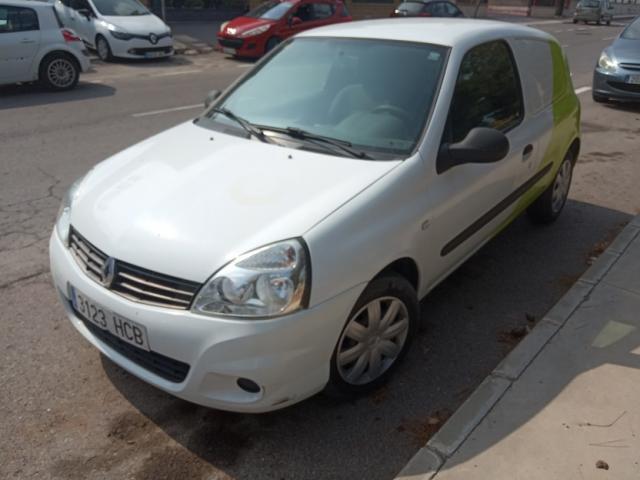 Renault CLIO comercial 1.5 DCI 70 CV.