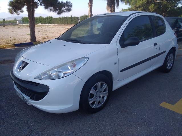 Peugeot 206 + XAD 1.4 HDI 70 CV COMERCIAL.
