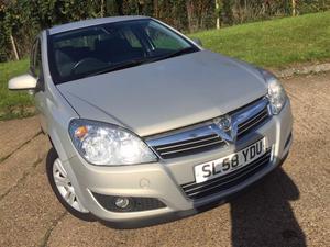 Vauxhall Astra 1.8i VVT Elite Auto