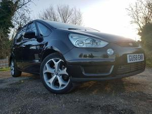 Ford S-Max  in London   Friday-Ad